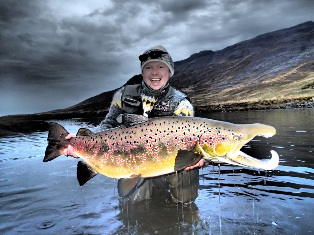 home fly fishing iceland